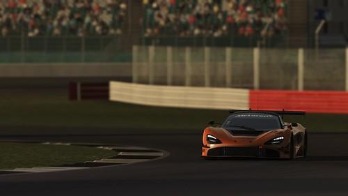 rF2 McLaren 720s GT3 Front