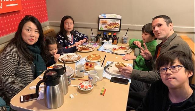 1122-2018_Thanksgiving_IHOP_9-25