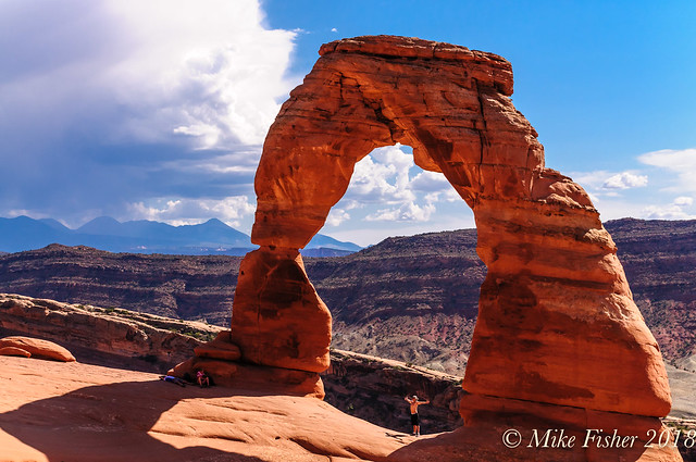 Climbing Around Delicate Arch, Nikon D300, AF-S DX Zoom-Nikkor 18-135mm f/3.5-5.6G IF-ED