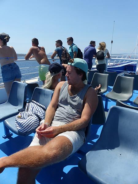 paul dans le bateau pour égine
