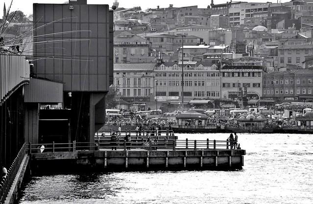 Galata Bridge, Nikon D70S, AF-S DX VR Zoom-Nikkor 55-200mm f/4-5.6G IF-ED