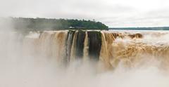 Garganta del Diablo Falls; Argentina