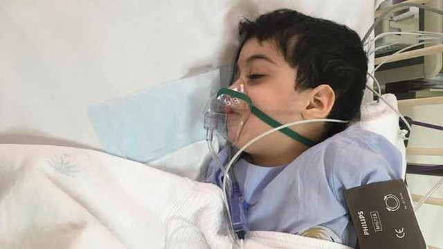 4821 A Handicapped Saudi Boy donates his stem Cells to save his sister's life 01