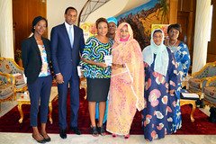 Photo de groupe à la fin de l'audience avec la Première Dame du Tchad, Mme. Hinda Déby Itno, le 4 décembre 2018