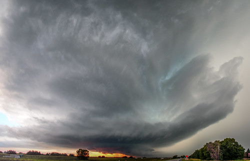 071818 The Best Supercell of the Summer (Pano) 017