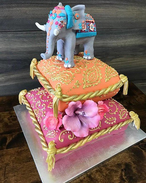 Royal Elephant Cake by Swirls Cupcakes