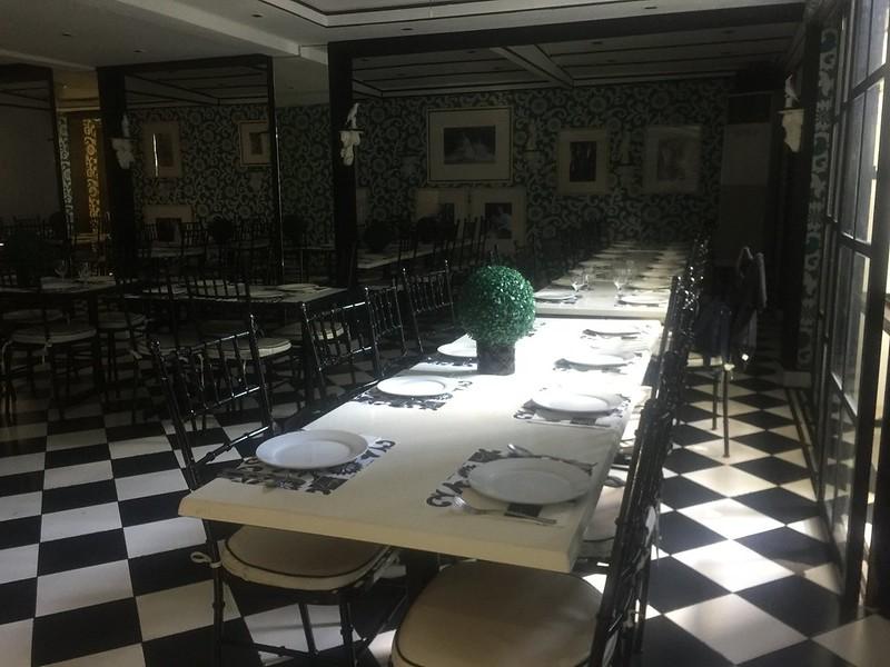 Romulo Cafe, Tomas Morato