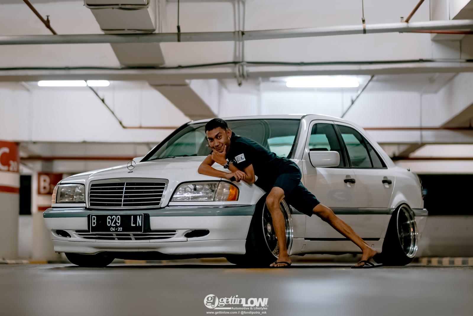 Ekkitambo Mercedes-benz W202