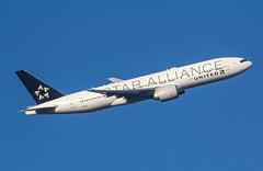EGLL - Boeing 777 - United Airlines - N78017