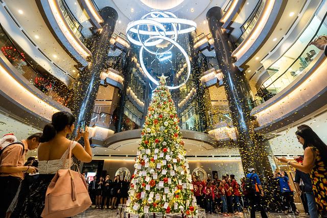 2. Christmas Tree Lighting at JW Marriot Kuala Lumpur