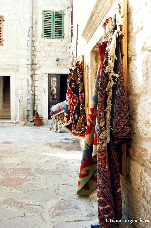 Продажа ковров в Которе