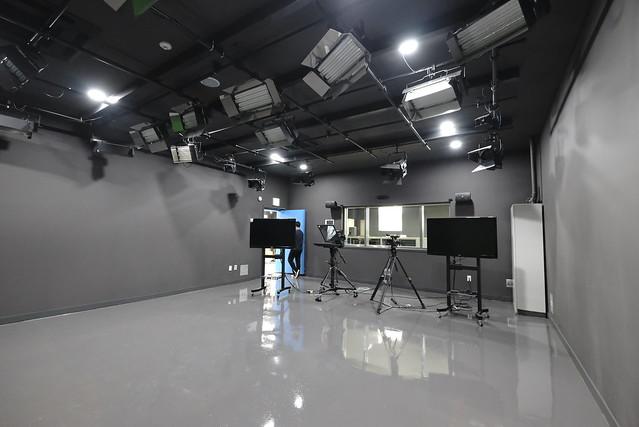 IBS(IGC Broadcasting Studio) 개국