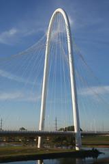 Margaret Hunt Hill Bridge spanning Trinity River (2012)