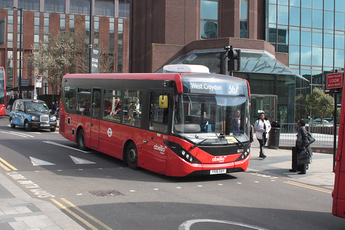 Abellio London 8211 YX16OAY