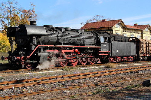 2018-10-20; 0135. ZL ETB 44 1486-8  en SL IGE Werrabahn 52 1360-8 met GZ 404. Immelborn. Plandampf im Werratal, Dampffinale.