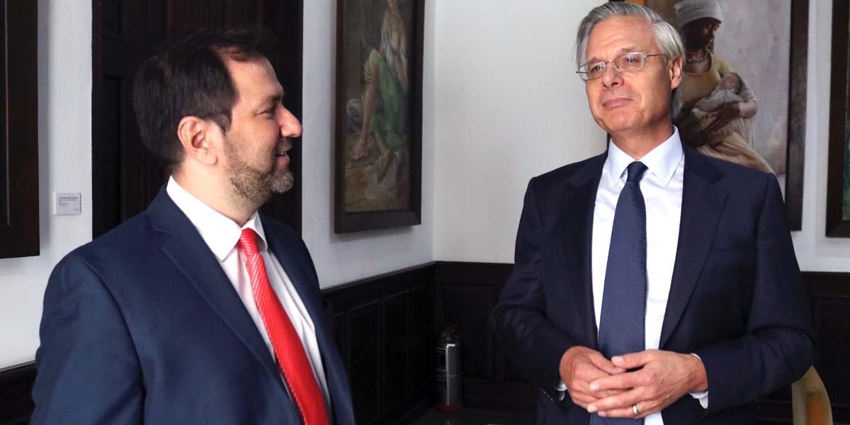 Venezuela y Reino Unido fortalecen relaciones bilaterales