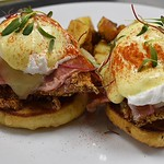 Friday Brunch Till 4pm : Chicken Cordon Blue Benny ~ Fried Chicken | @gastros401 Cured Ham | House Made English | Swiss Cheese | Paprika Hollandaise | @littlerhodyfoods Poached Eggs | @sproutorganicfarms Micros • • • • #foodnetwork #foodtrip #foodart #foo