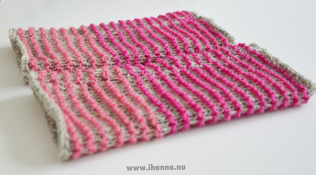 Knitted Wrist-warmers by iHanna