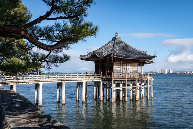Photo:海門山満月寺浮御堂(滋賀県大津市) By kzy619
