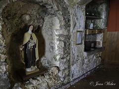 la Sainte Baume (le sanctuaire la grotte de Marie Madeleine) dans le Var-14-cliche Jean Weber