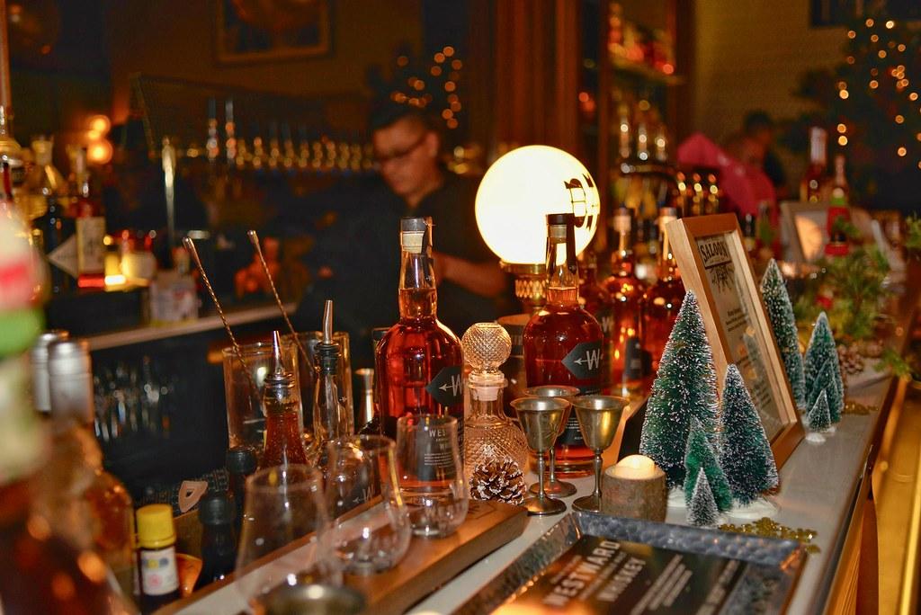 The Dizzy Fizz Holiday Spirits Bazaar (8)