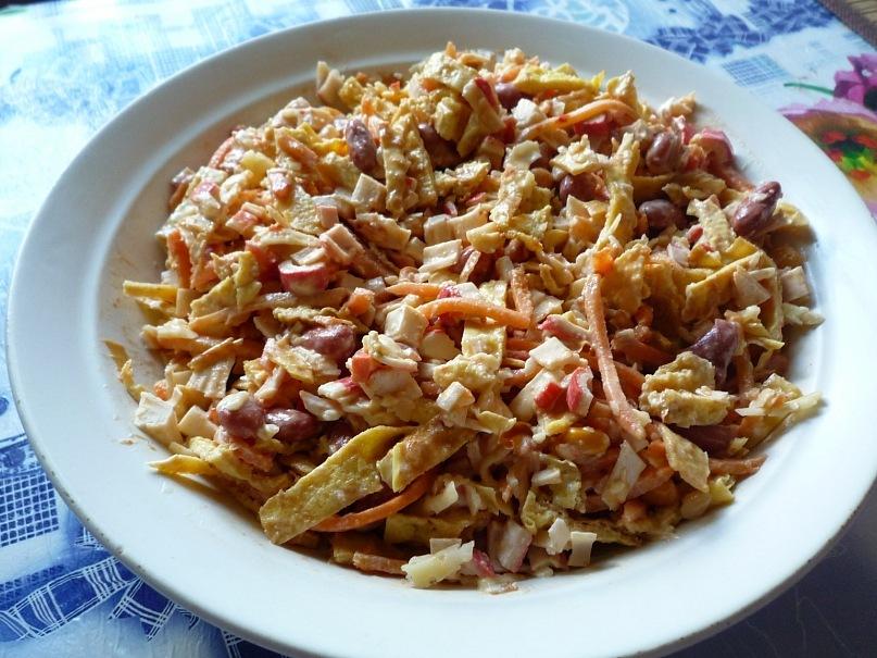 рецепт блинный салат с курицей