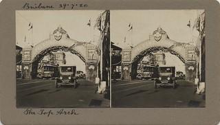 Graziers arch in Queen Street, Brisbane, 1920