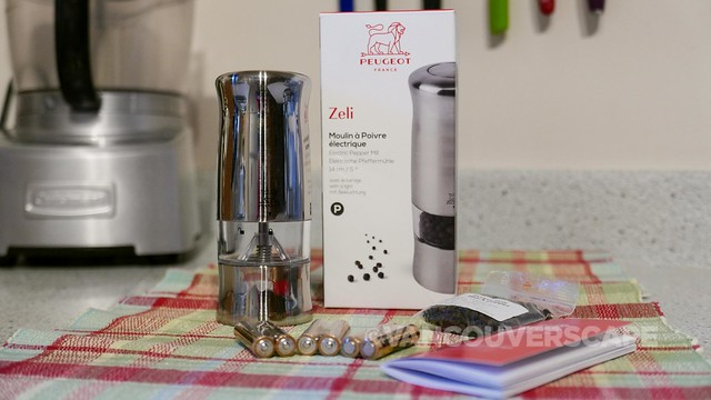Peugeot Zeli electric pepper mill-2