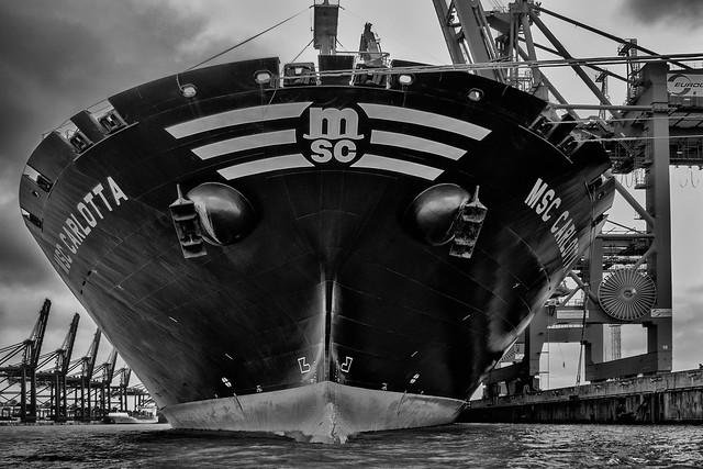 Im Containerhafen, Hamburg In, Panasonic DMC-G6, Lumix G Vario 14-140mm F3.5-5.6 Asph. Power OIS