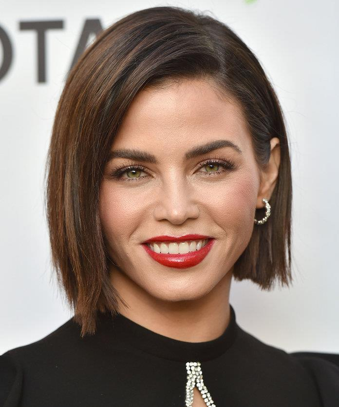2019 NEW ANGLED BOB LOOKS GOOD ON ALL TYPES OF FACES! 3