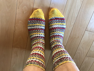 Knitnut246's Plain Vanilla Socks knit with WYS Signature 4 Ply in Goldfinch!