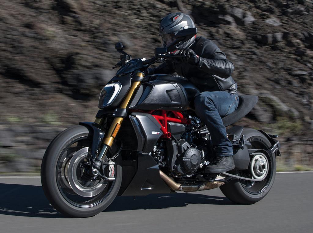 Ducati DIAVEL 1260 S 2019 - 3