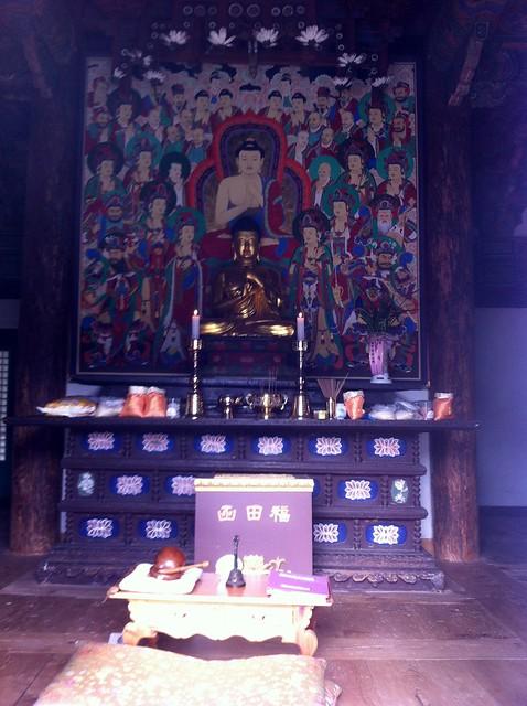 Buddhist Temple Garden, Apple iPhone 4, iPhone 4 back camera 3.85mm f/2.8