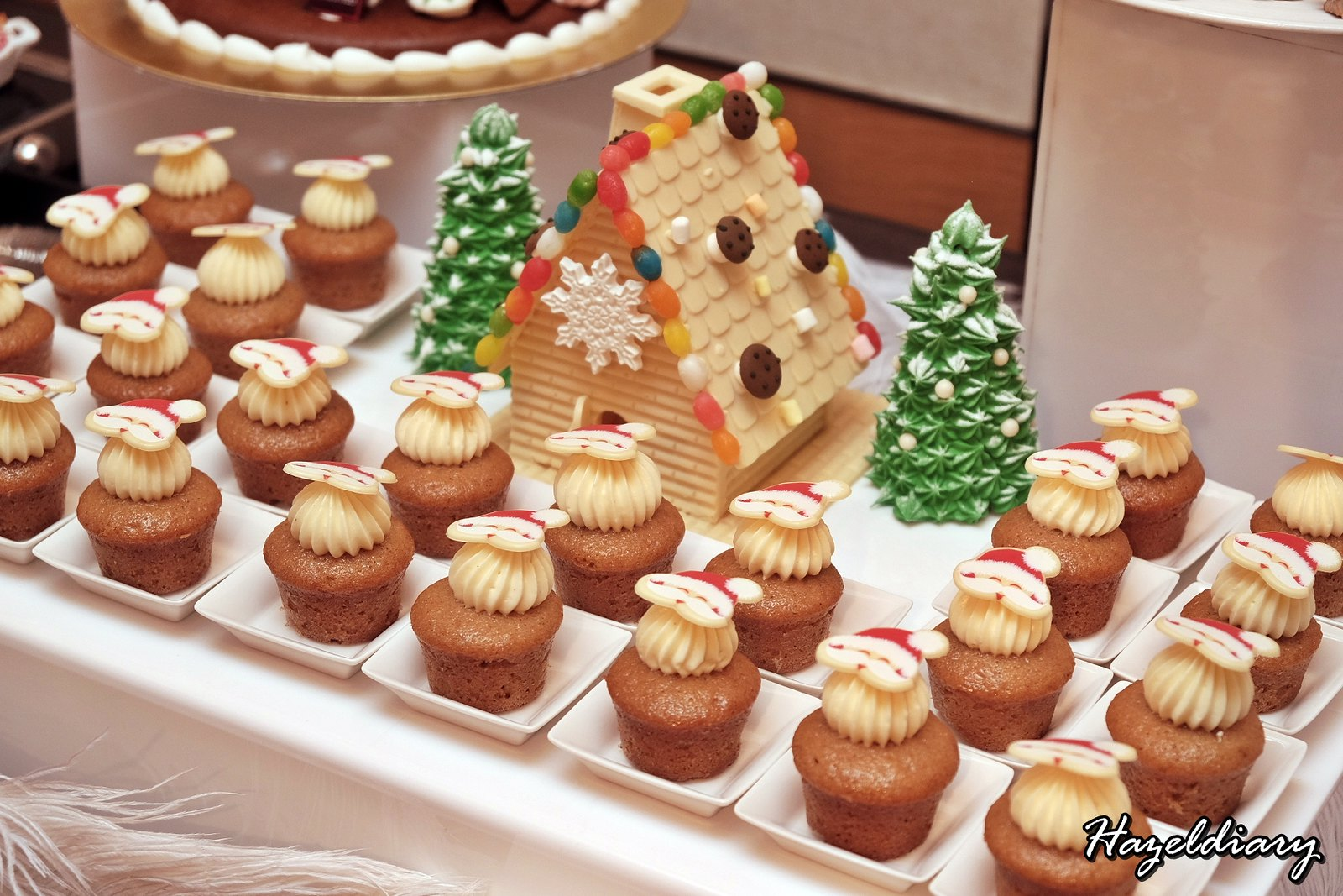 Singapore Marriott Tang Hotel-Christmas Dessert-Cupcakes-1