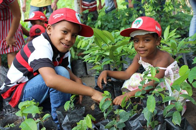 Filhos de trabalhadores rurais sem-terra no estado de Alagoas - Créditos: MST | AL