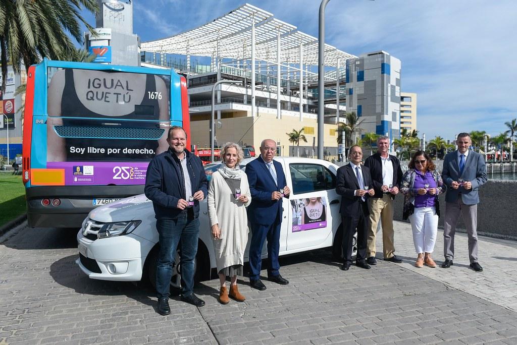 El Cabildo presenta una campaña en colaboración con el transporte público de Gran Canaria contra la violencia machista