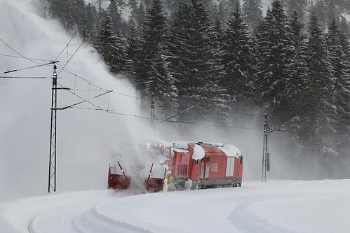 Schneeräumen im Außerfern