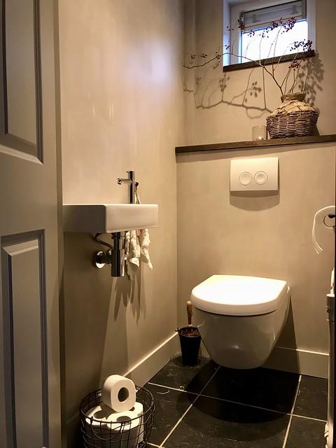 Toilet leemmand rozenbottel tak