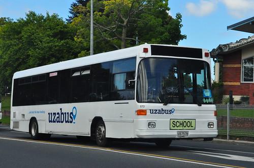 UzaBus 572