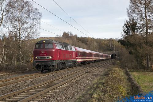 V 160 002 ( Lollo ) + Euro-Express Sonderzug . Eilendorf . 01.12.18.