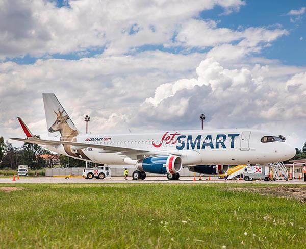 JetSMART Argentina A320 LV-HEK en EPA (JetSMART)