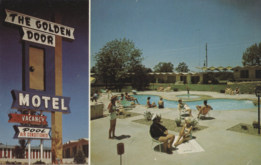 The Golden Door Motel - Osage Beach, Missouri
