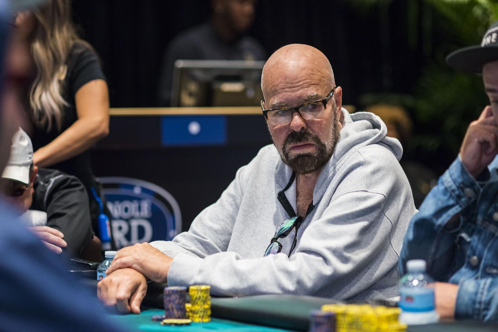 Alan Schein Doubles Thru Nikita Kalinin Main Tour Wpt Seminole Rock N Roll Poker Open Season 2018 2019 3 20 000 Big Blind 10 000 20 000 World Poker Tour