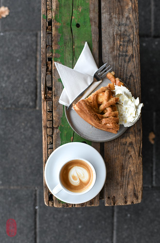 Cortado, Apple Pie
