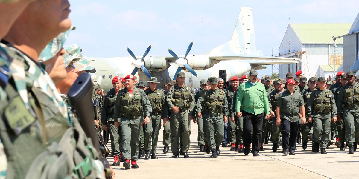 Presidente Maduro pide confianza en la FANB ante arremetidas imperiales