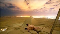 """Pareja """"teniendo sexo"""" en pirámide de Giza desata escándalo en Egipto"""