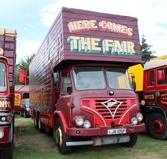 Nivek.Old.Gold posted a photo:	1976 Foden luton operated by Carters Steam Fair.