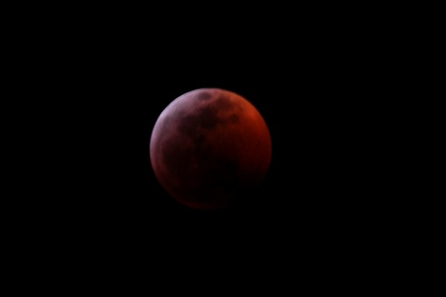 Blood moon, Nikon D90, Sigma 150-500mm F5-6.3 DG OS APO HSM