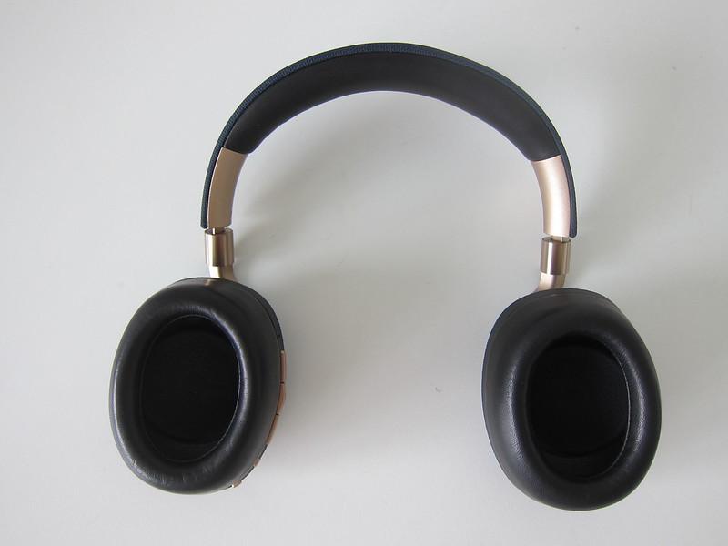 Bowers & Wilkins PX Headphones - Back