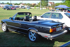 BMW Série 3 cabriolet (US Spec.) - Photo of Saint-Rémy